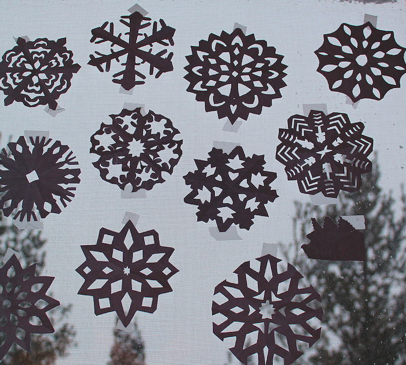 ThruLesYeux_PaperSnowflake2